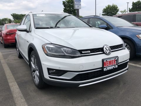 New 2019 Volkswagen Golf Alltrack